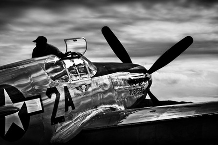 Tuskegee-Airmen-P51-Mustang-8601